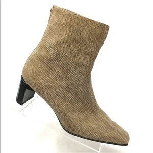 Stuart weitzman taupe ankle boot